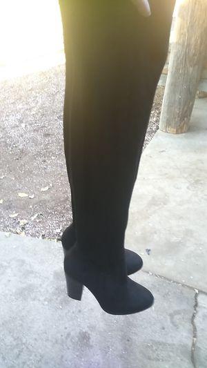Knee high boots for Sale in Zephyrhills, FL