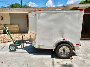 OBO 5'x6' BARELY USED 2016 ENCLOSED CARGO TRAILER W/DOLLY for Sale in Largo, FL