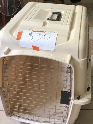 Big dog crate for Sale in Houston, TX