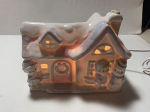 """1994 PRECIOUS MOMENTS 357510 SUGAR TOWN HOUSE NIGHTLIGHT W/ BOX 7""""W x 5""""H for Sale in Freehold, NJ"""
