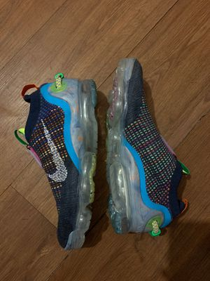MEN'S NIKE AIR VAPORMAX 2020 FLYKNIT RUNNING SHOES for Sale in Fort Myers, FL