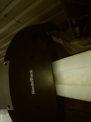 Nordictrack incline treadmill. WORKS GREAT!! for Sale in Chicago, IL