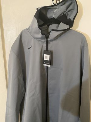 New Nike jacket size 3x tall an. A 4 X Tall for Sale in Hacienda Heights, CA