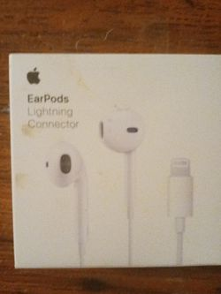 Brand New Apple Ear Pods Lighting Connector for Sale in Houston,  TX