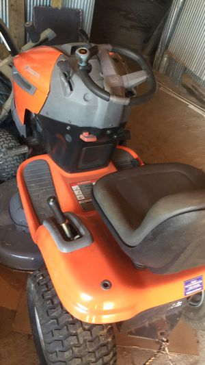 Riding mower with Kohler engine for Sale in Henderson, KY