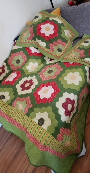 Queen size Christmas Quilt set for Sale in San Diego, CA