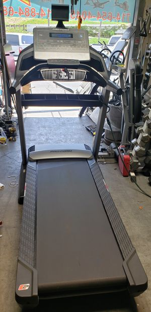 Pro-form trainer 12.0 treadmill 300lbs weight Capacity great cardio machine for your home gym for Sale in Anaheim, CA