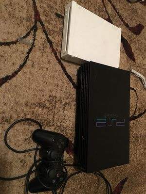 For parts or fixing. Wii ps2, controller for Sale in Jacksonville, FL