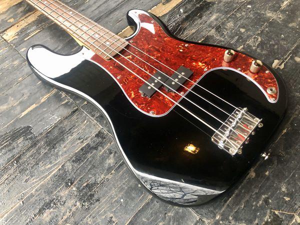 Squier by Fender Precision Bass P Bass guitar