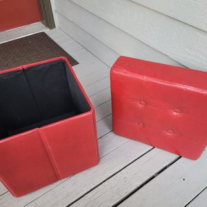 Cube Leather Ottomans Red Storage (1) for Sale in Lynnwood, WA