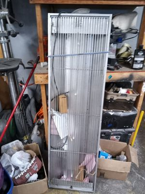 Industry insects trapper for Sale in Lakewood, CA