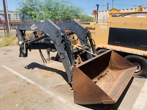 Tractor Tiger Front loader was on a John Deere 6400 May fit others for Sale in Glendale, AZ