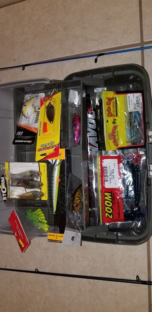 Bass Fishing rods and reels and tackle for Sale in Coral Springs, FL