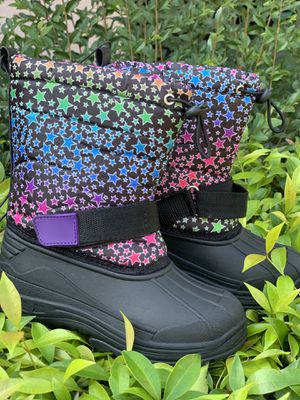 Snow boots for kids sizes 9,10,11,12,13,1,2,3,4 ... $25 for Sale in Cudahy, CA