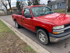 2000 CHEVY WORK TRUCK for Sale in Naperville, IL
