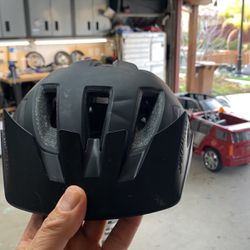 Specialized Youth Helmet ANGI led Light for Sale in Byron,  CA