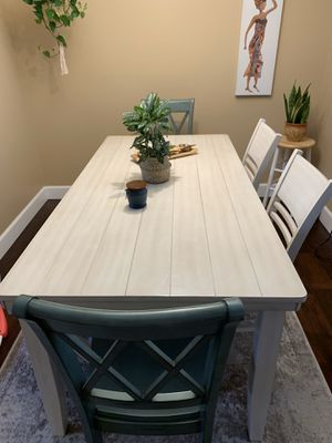6 piece wooden dining table for Sale in San Diego, CA