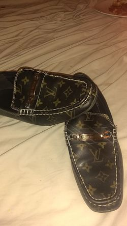 Louis Vuitton loafers size 9.5 worn 2 times for Sale in Yukon,  OK