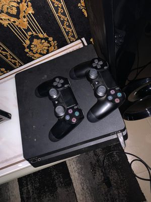 PlayStation 4working fine for Sale in Rhodesdale, MD