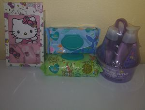 Johnson baby gift set, hello kitty outfit, pampers wipes for Sale in Phoenix, AZ