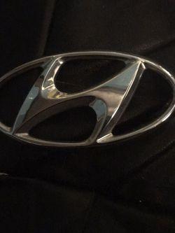 Hyundai Emblem for Sale in Charlotte,  NC