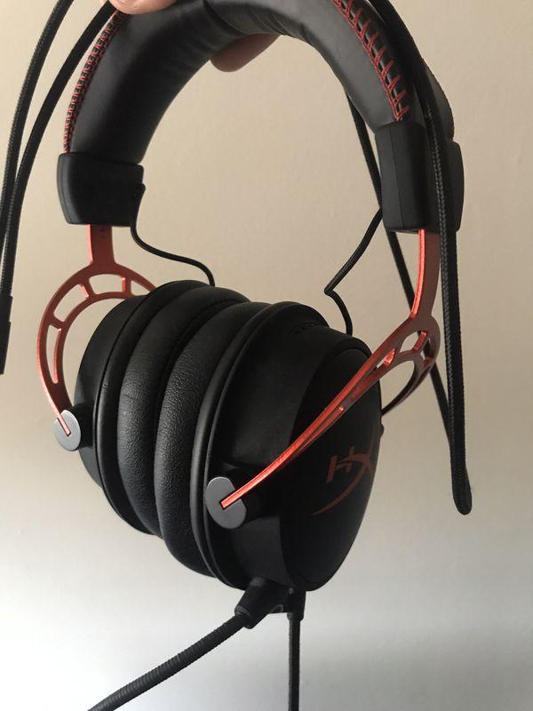 Gaming headset: Hyper X cloud Alpha