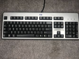 KEYBOARD for Sale in Cleveland,  OH