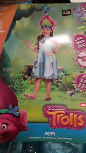 Trolls poppy costume size small 4-6x for Sale in La Verne, CA