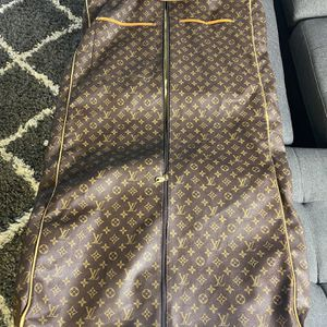Vintage Louis Vuttion Garment/luggage Bag for Sale in Henderson, NV