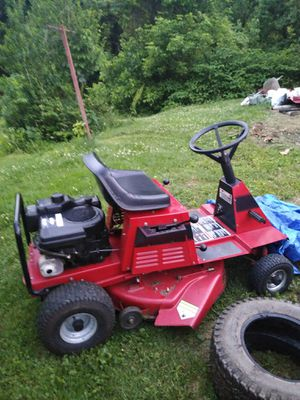 Good riding tractor everything works for Sale in Moundsville, WV