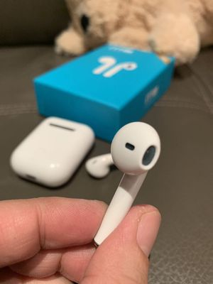 New in box Generic Apple style ear pod earphone Bluetooth headset rechargeable with charging case like airpods touch connect no buttons for Sale in Covina, CA