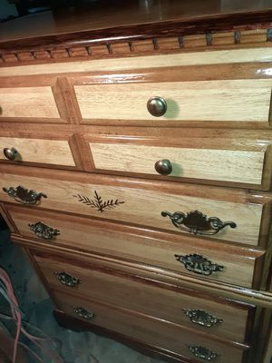 $200 OR B/O. BEAUTIFUL SOLID WOOD 5 DRAWER DRESSER. for Sale in Modesto, CA