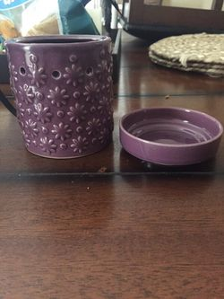 Scentsy Wax Warmer. Basically new. for Sale in Bakersfield,  CA