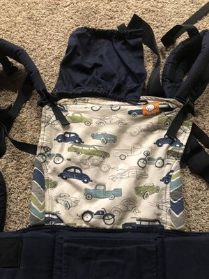 Tula standard baby carrier for Sale in MENTOR ON THE, OH