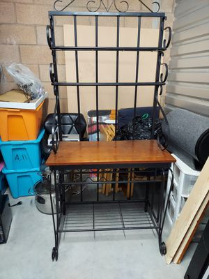 Kitchen Stand (wine holder) for Sale in Los Angeles, CA