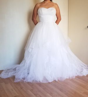 Simply bridal wedding dress for Sale in Los Angeles, CA