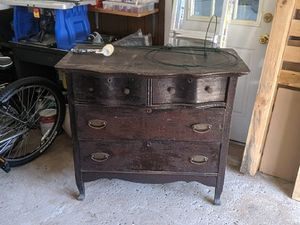 Old drawer, great for a restoration project. for Sale in Meriden, CT