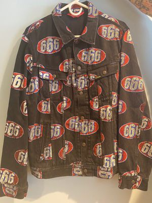 SUPREME 666 BLACK DENIM TRUCKER JACKET SIZE L S/S 17 COLLECTION for Sale in Pittsburgh, PA