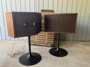 Bose 901 series iii Speakers +stands +equalizer for Sale in San Mateo, CA