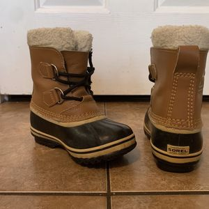 Toddler Size 11 Snow Boots for Sale in Henderson, NV