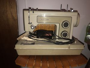 Sears Kenmore .. Sewing machine for Sale in Brooklyn, NY