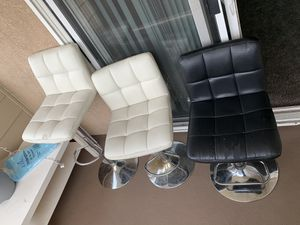 Chairs for sale for Sale in Moreno Valley, CA