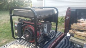 5000 watt Gas Generator. 220 and 110 volts ! for Sale in Plymouth, CT