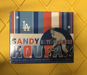 Sandy Koufax action statue 2005 dodgers sga for Sale in Cypress, CA