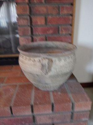 Lovely flower pot for Sale in Riverside, CA