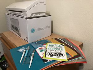 Silhouette Cameo 3 with Bluetooth for Sale in New York, NY