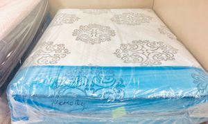 "QUEEN MEMORY FOAM ORTHOPEDIC SOFT 12"" MATTRESS AND BOX SPRING BRAND NEW DELIVERY AVAILABLE for Sale in Norwich, CT"