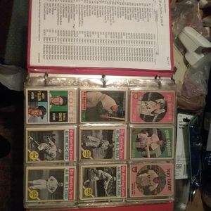 279 Baseball Cards Plus More for Sale in Columbus, OH