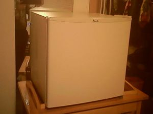 Small fridge and freezer for Sale in Shelton, WA
