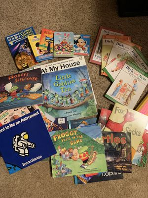 Lot of books for Sale in Avon, OH